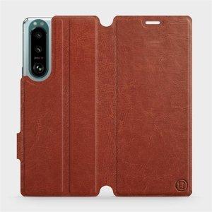 Flip pouzdro Mobiwear na mobil Sony Xperia 5 III v provedení C_BRP Brown&Orange s oranžovým vnitřkem